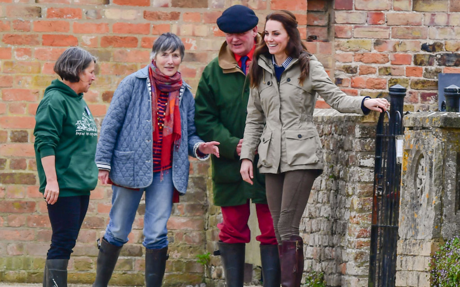 ARLINGHAM, UNITED KINGDOM - MAY 03: Catherine, Duchess of Cambridge visits Farms for City Children, Wick Court, Overton Lance, on May 03, 2017 in Arlingham, England.PHOTOGRAPH BY Jules Annan / Barcroft ImagesLondon-T:+44 207 033 1031 E:hello@barcroftm