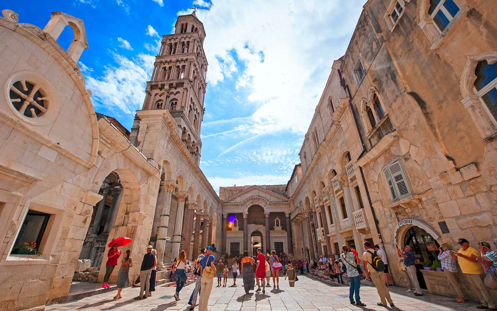 Peristil of the Diocletian's palace Split Croatia Game of Thrones tour