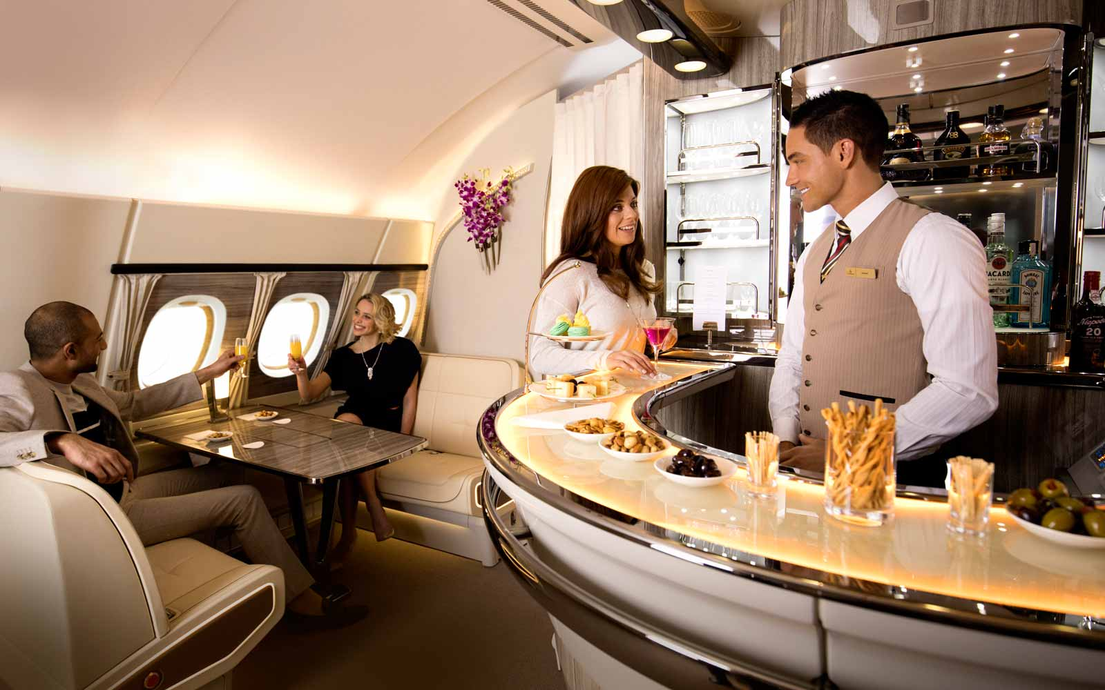 Emirate Airline Onboard Lounge