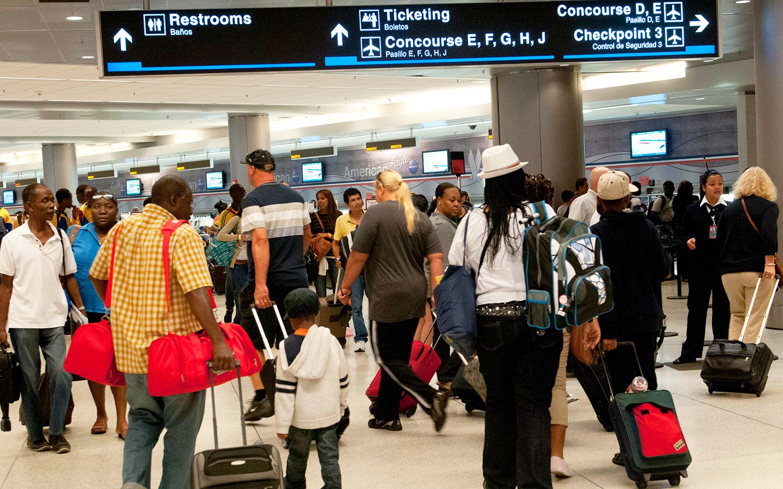 Miami Airport reopens after Hurricane Irma flights gate