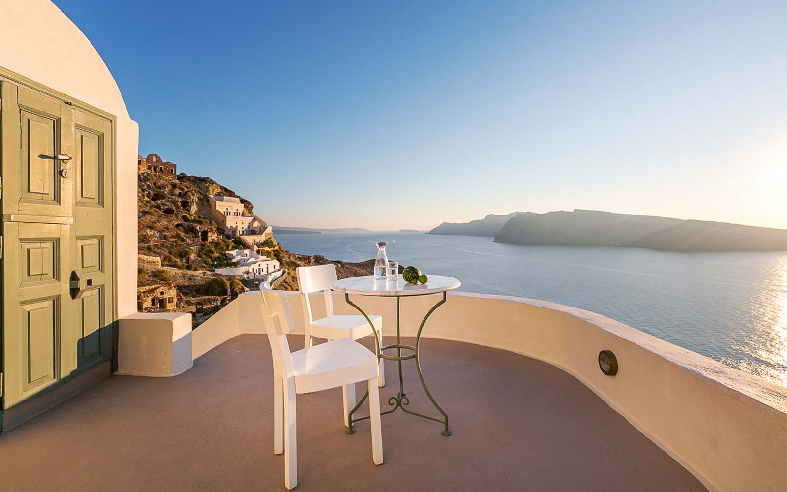 santorini oia greece airbnb rental