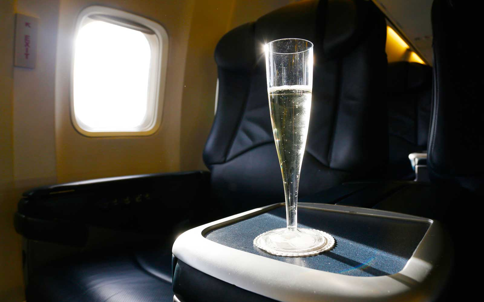 Prosecco on Airplane