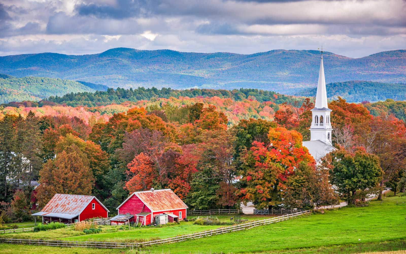 Peacham, Vermont, USA rural autumn scene