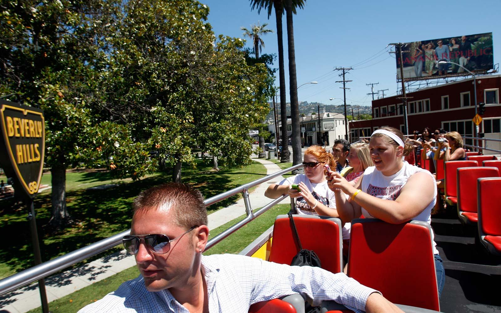 hollywood beverly hills california tourist sightseeing tour bus