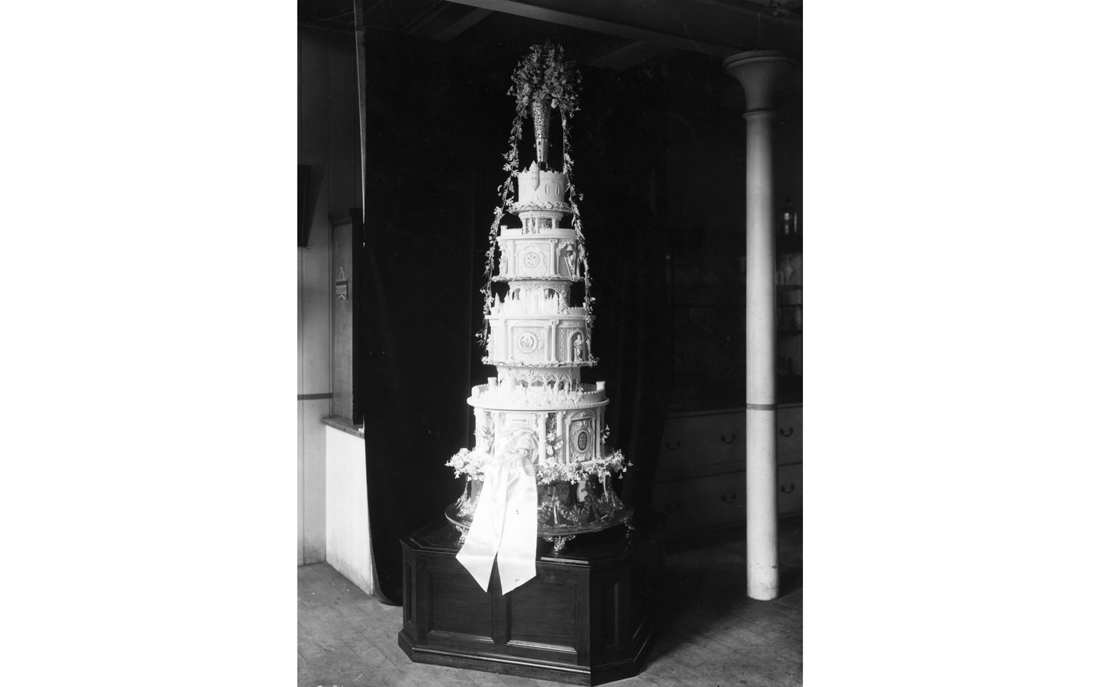 The wedding cake of the Duke and Duchess of York at Huntley and Palmers.