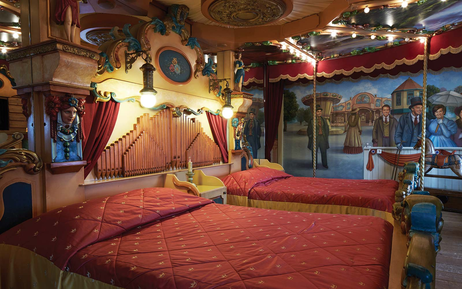 Carousel Suite at Efteling Hotel