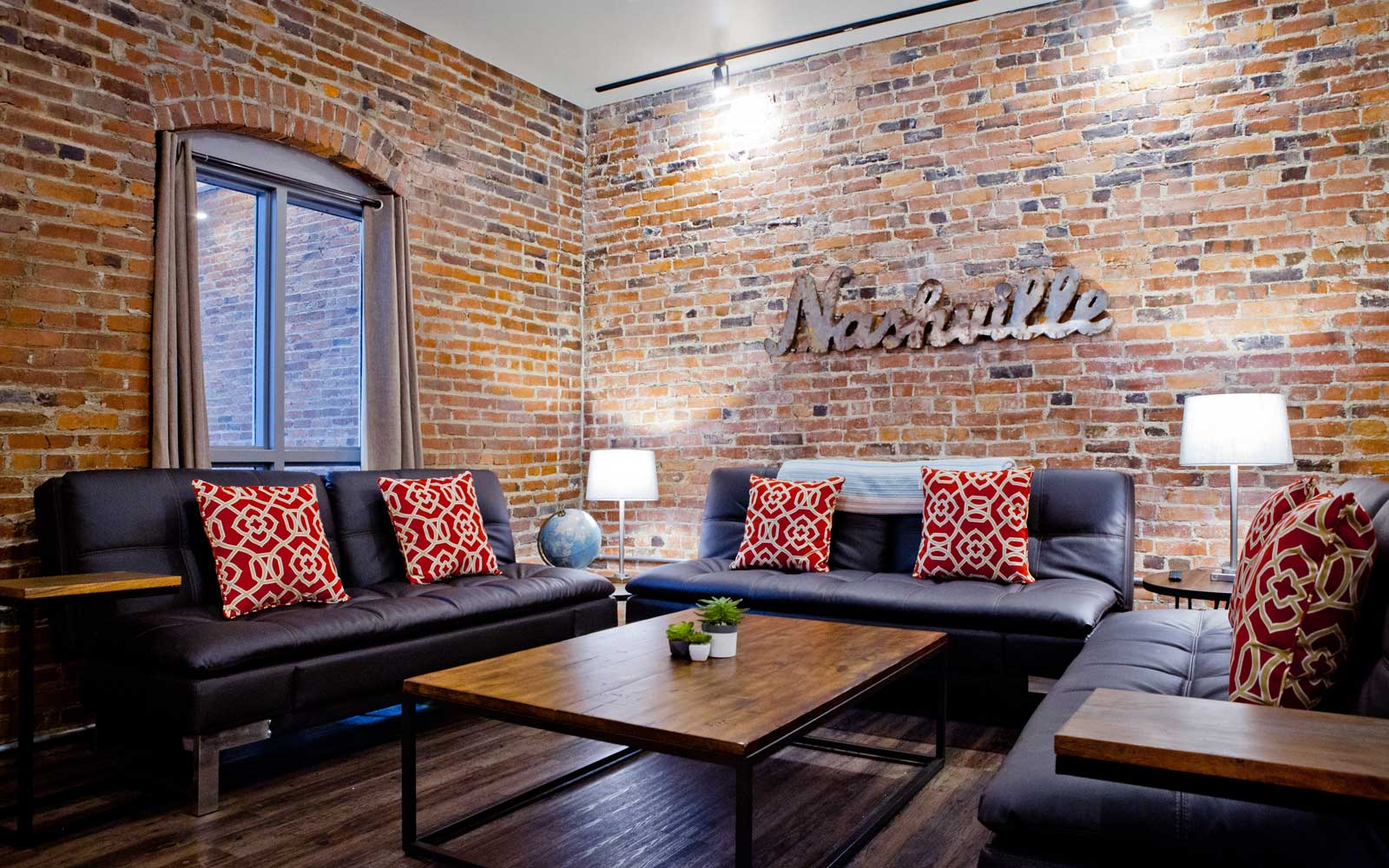 Airbnb Nashville for best New Years Eve Trip
