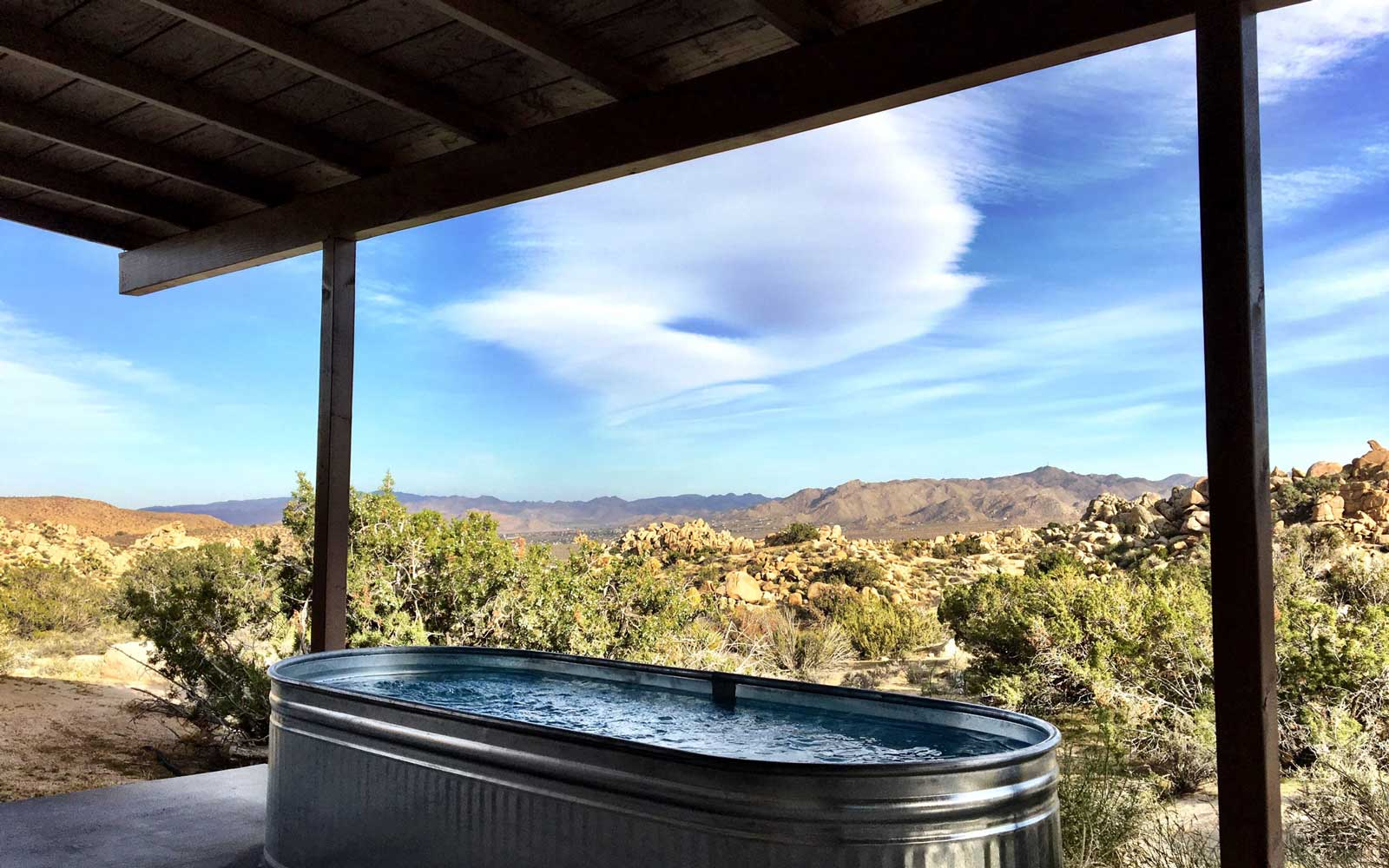 Airbnb Yucca Valley for best New Years Eve Trip