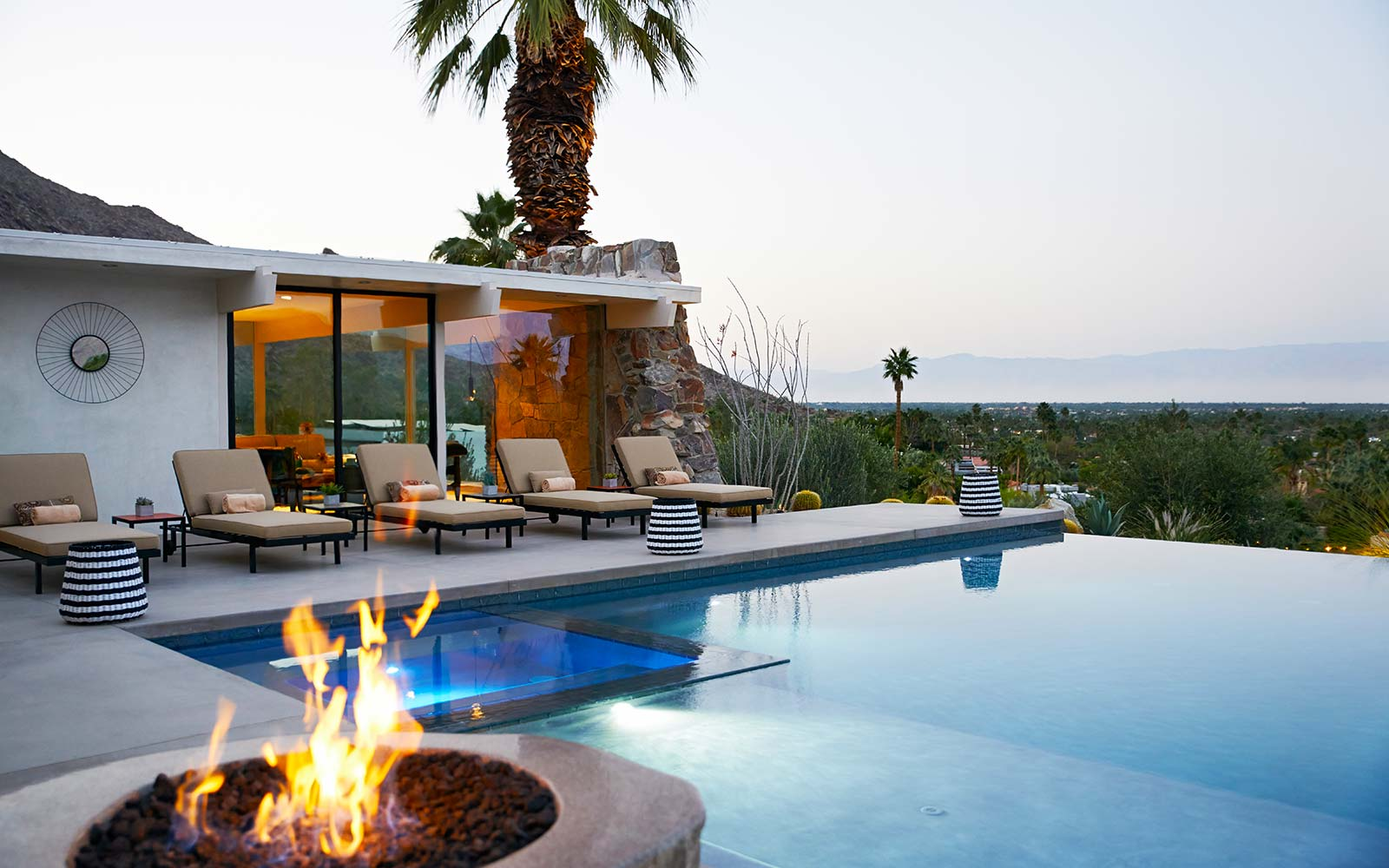 Natural Retreats Palm Springs California On the Rocks Hot Tub Vacation Holiday Home Rental