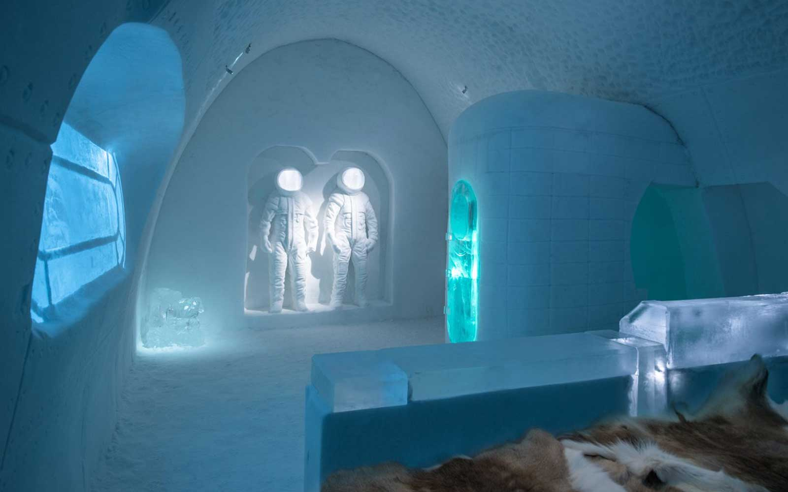 Sweden Ice Hotel Art Suite Space Room