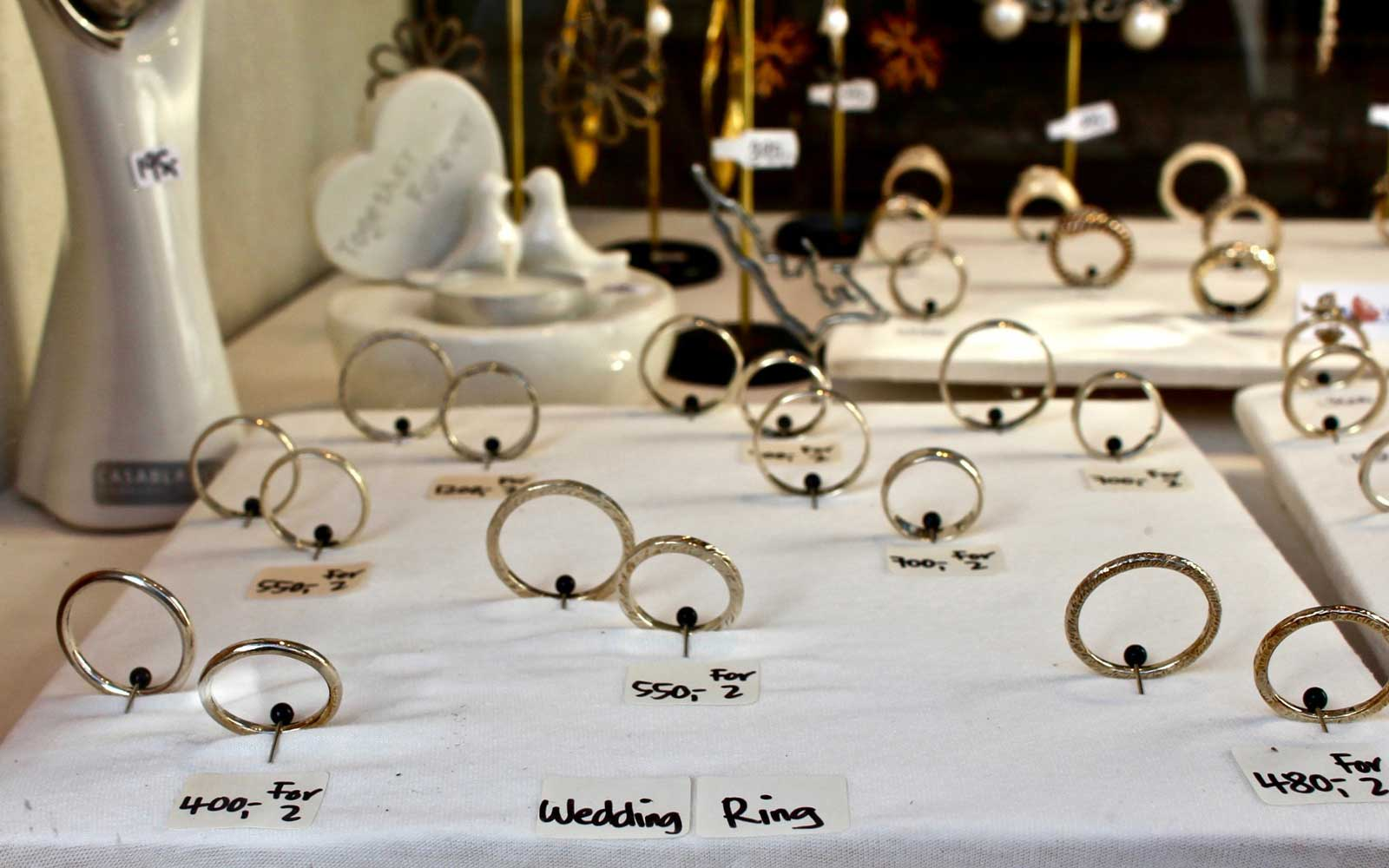 Wedding rings in a jewelry shop