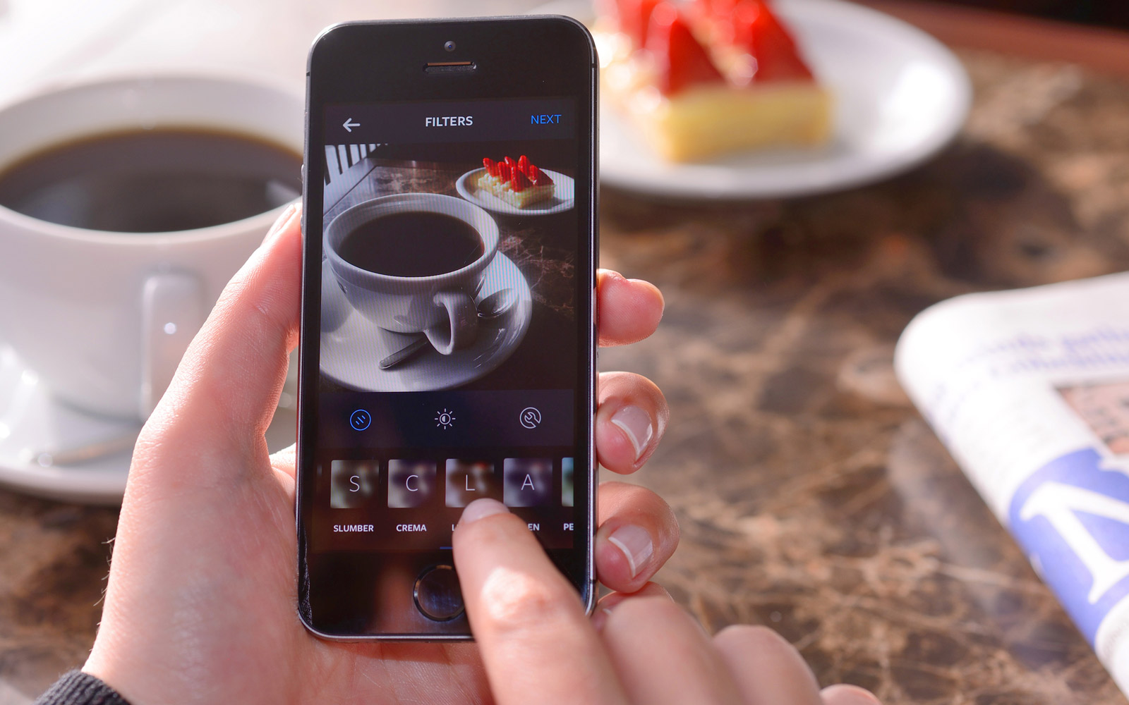 Taking food photo with Instagram