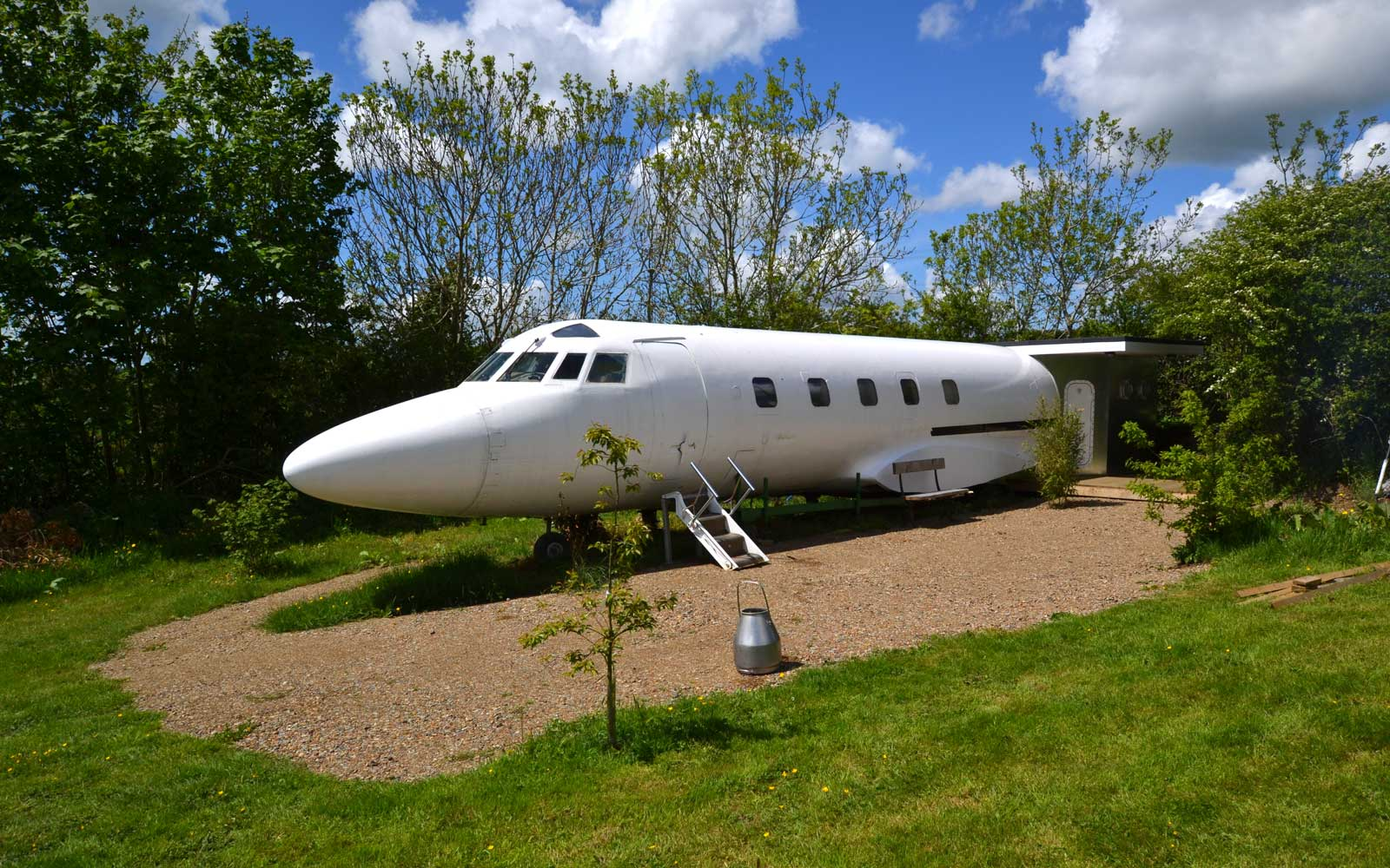 Jet Star, Private Jet Airbnb in Wales