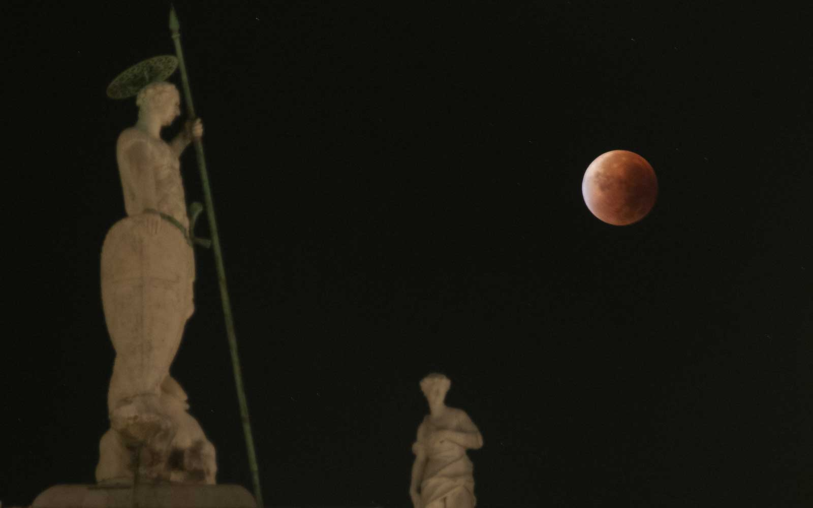 "Italy - ""Blood Moon"" in Venice"