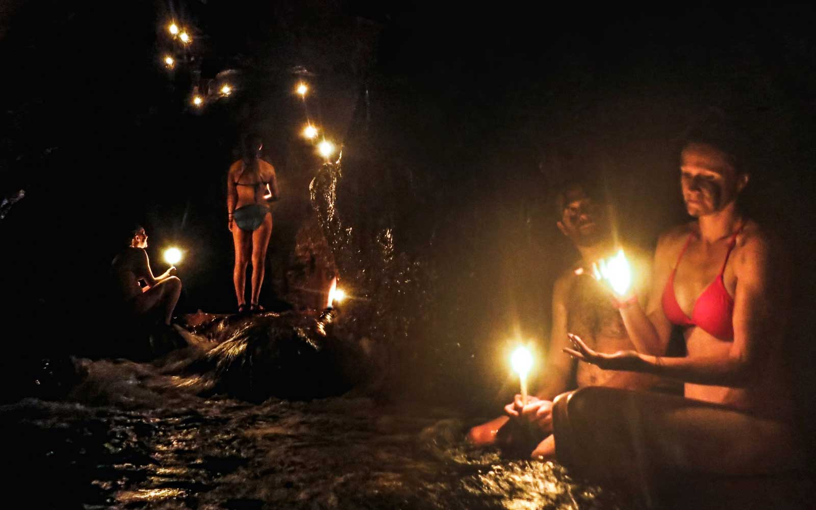 Candlelight Tour in the Kan'Ba Cave in Semuc Champey Guatemala