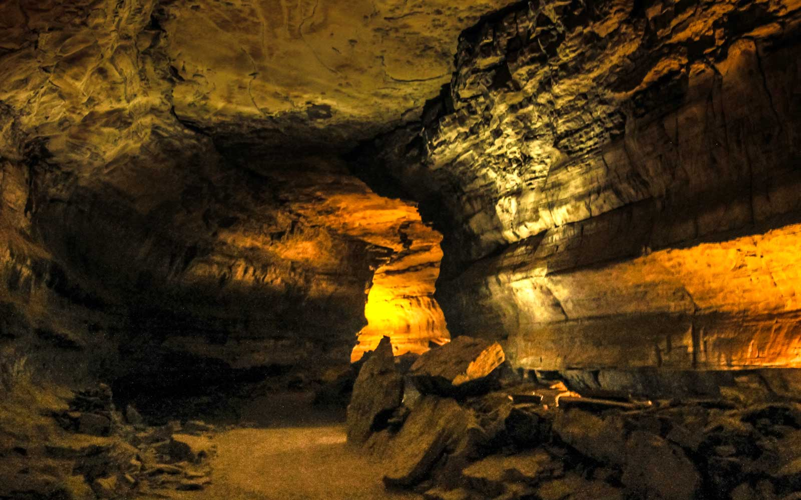 Passage within Mammoth Caves National Park