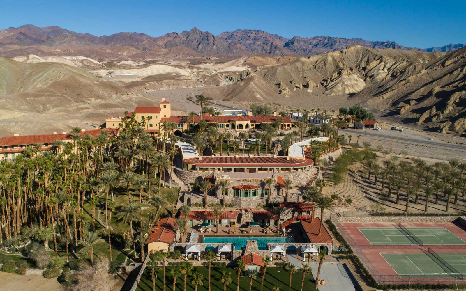 The Oasis Inn at Death Valley