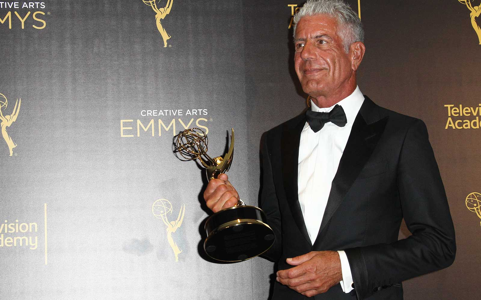 Anthony Bourdain at the Creative Arts Emmy Awards in 2016