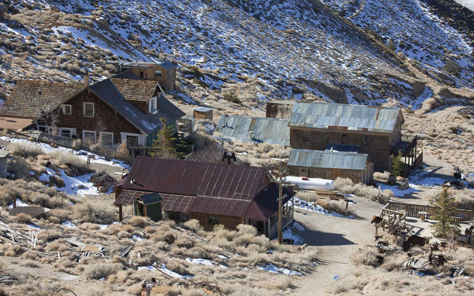 Cerro Gordo is currently a ghost mining town. It still has several buildings including the general store and the American Hotel.