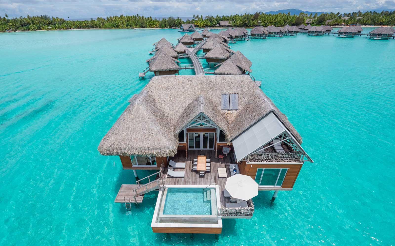 Overview of the InterContinental Bora Bora Resort & Thalasso Spa
