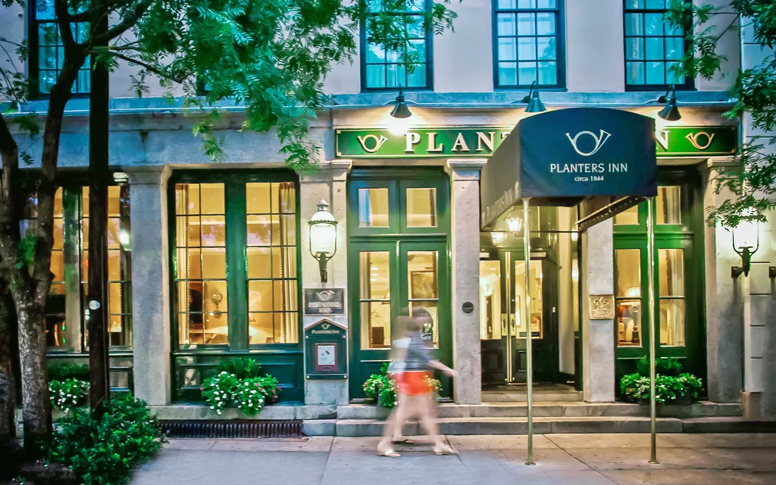 Facade of Planters Inn, in Charleston SC
