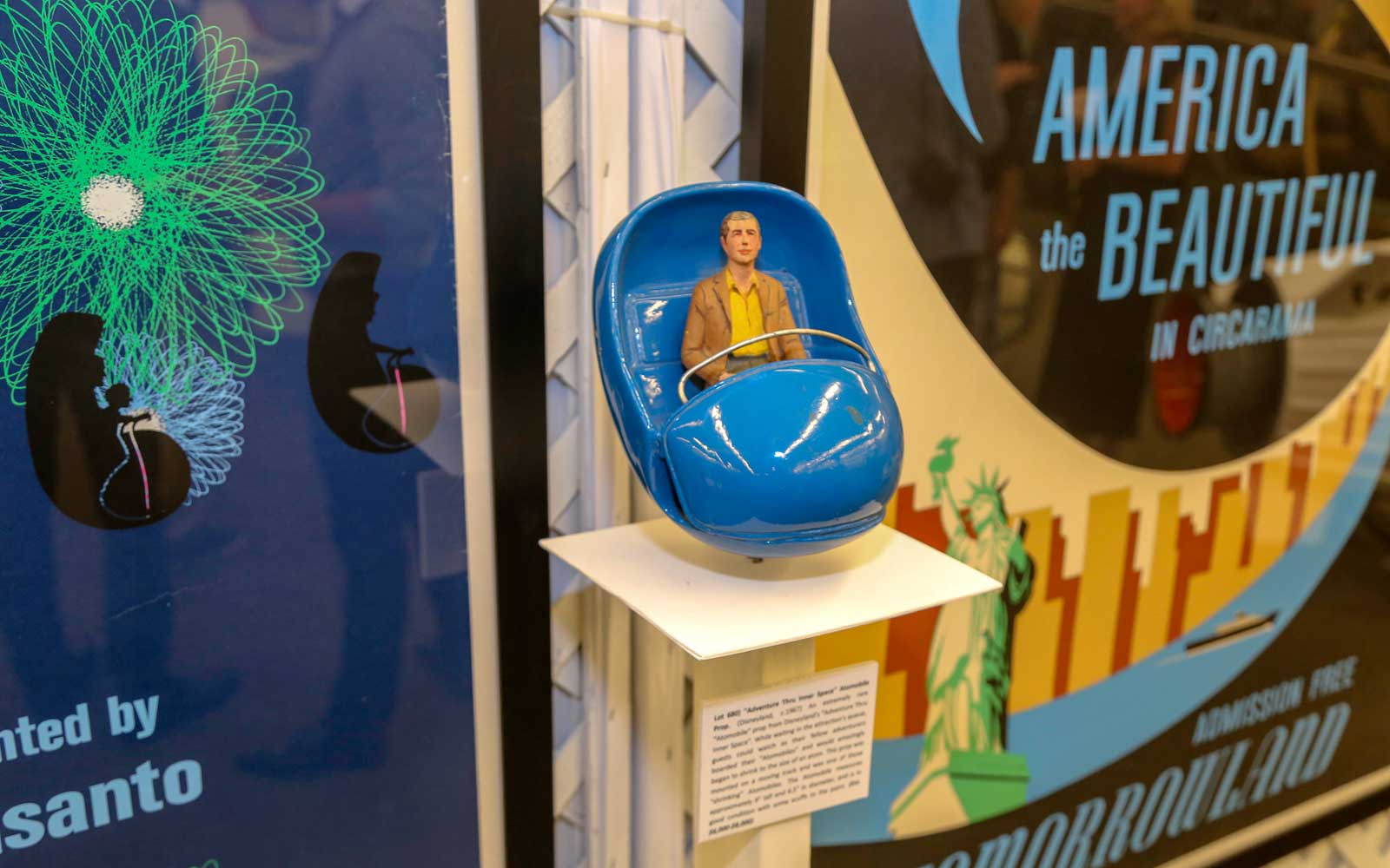 That's From Disneyland Pop-Up Exhibition and Auction