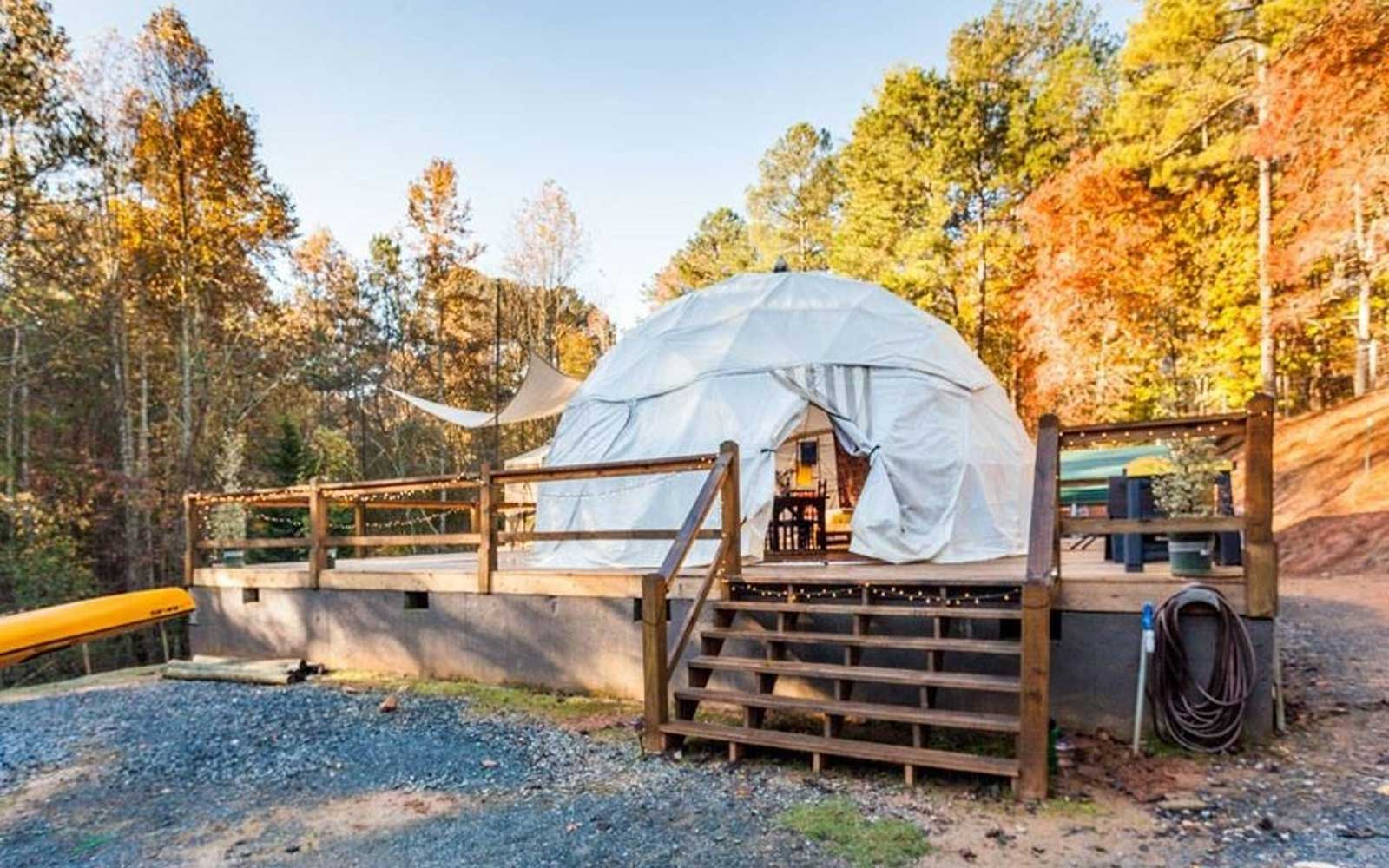 Glamping Dome in the Appalachian Mountains, Georgia