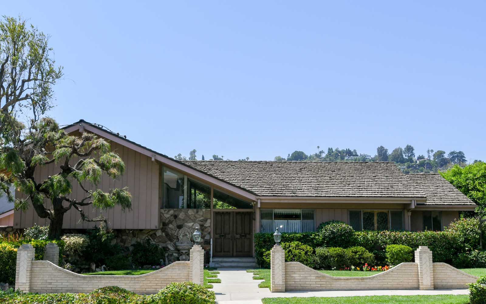 """he house used in the American sitcom """"The Brady Bunch"""" has been listed for sale at $1.885 million July 19, 2018 in Los Angeles"""