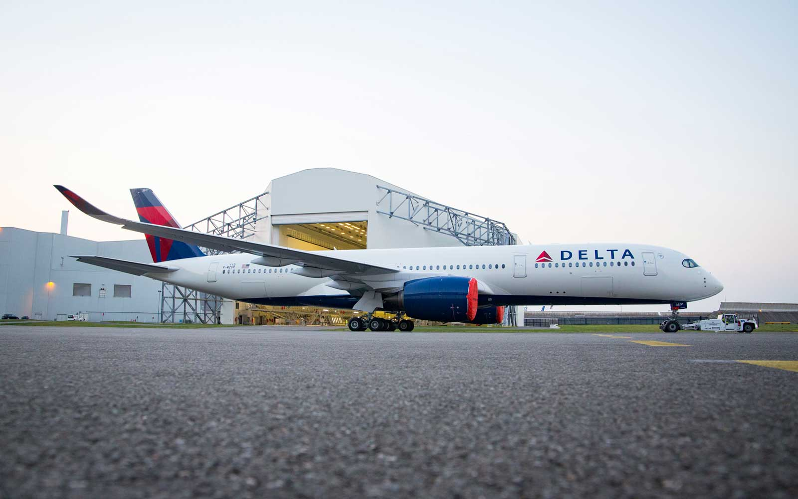 A freshly painted Delta airbus A350-900
