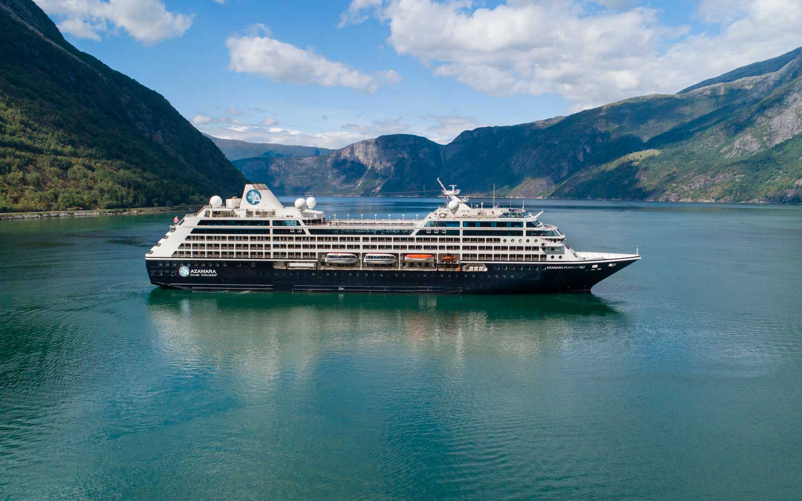 Azamara Pursuit in Norway
