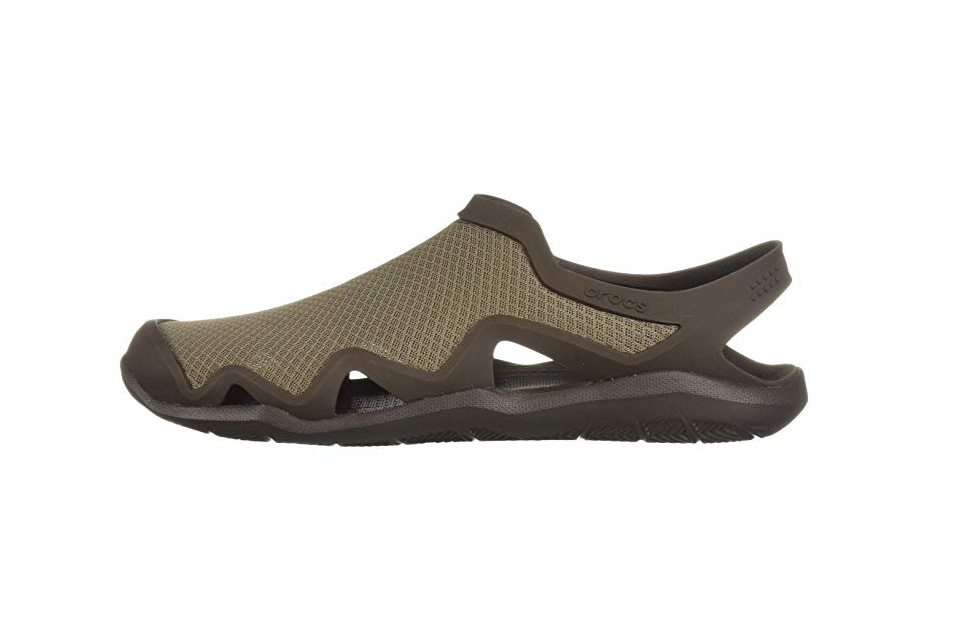 crocs mens water shoes