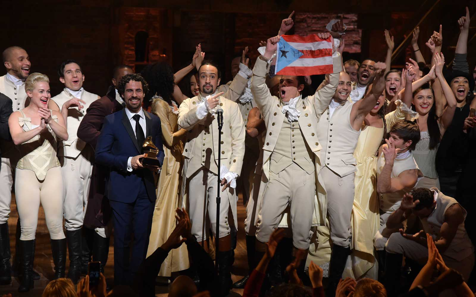 Cast of Hamilton with Lin Manuel Miranda