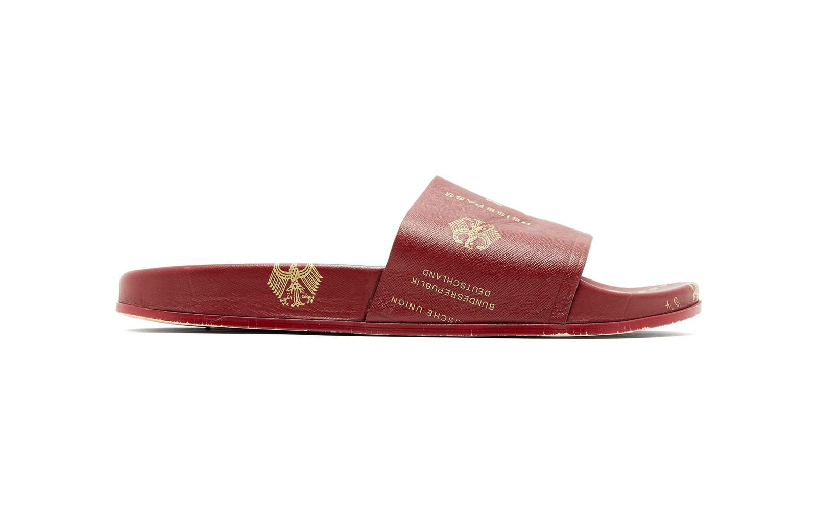 Passport-print Grained-leather Slides