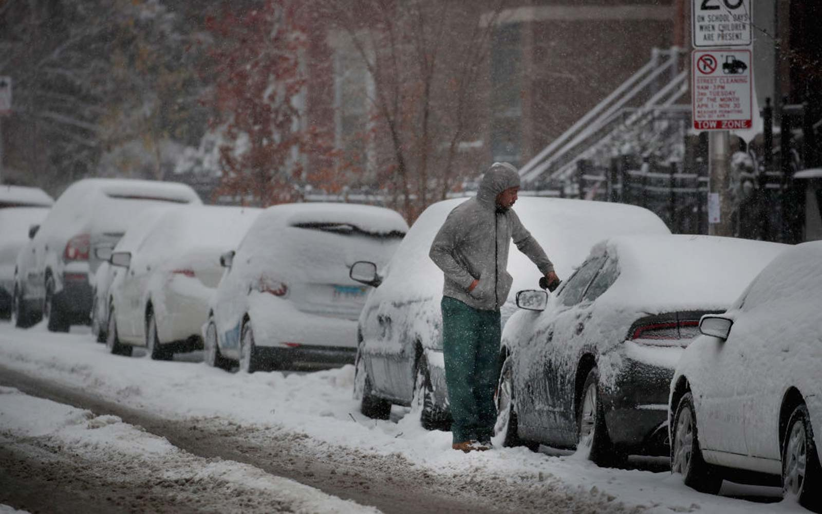Early Winter Snowstorm Hammers Chicago Area