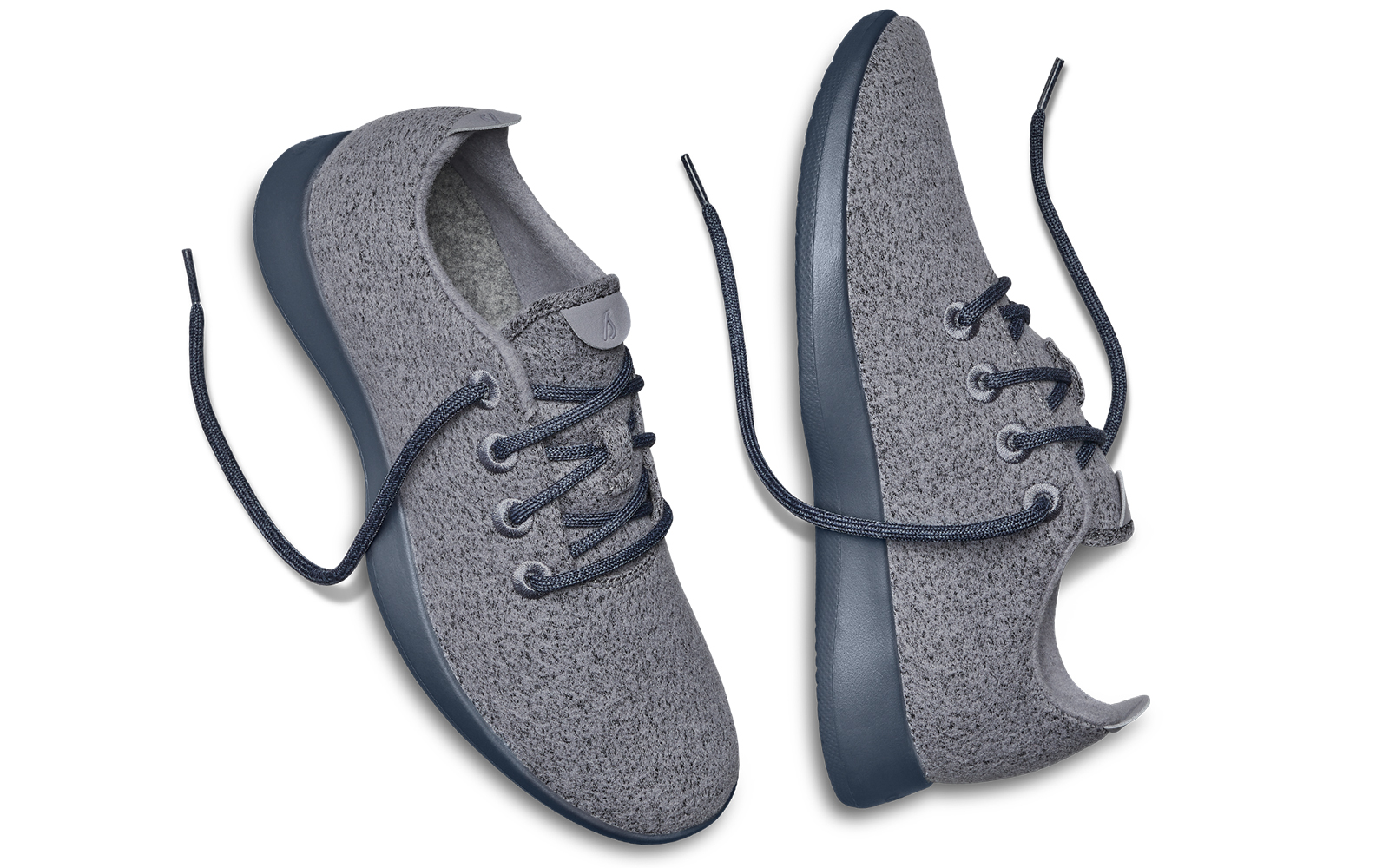 Women's Wool Runner Sneakers in Graphite
