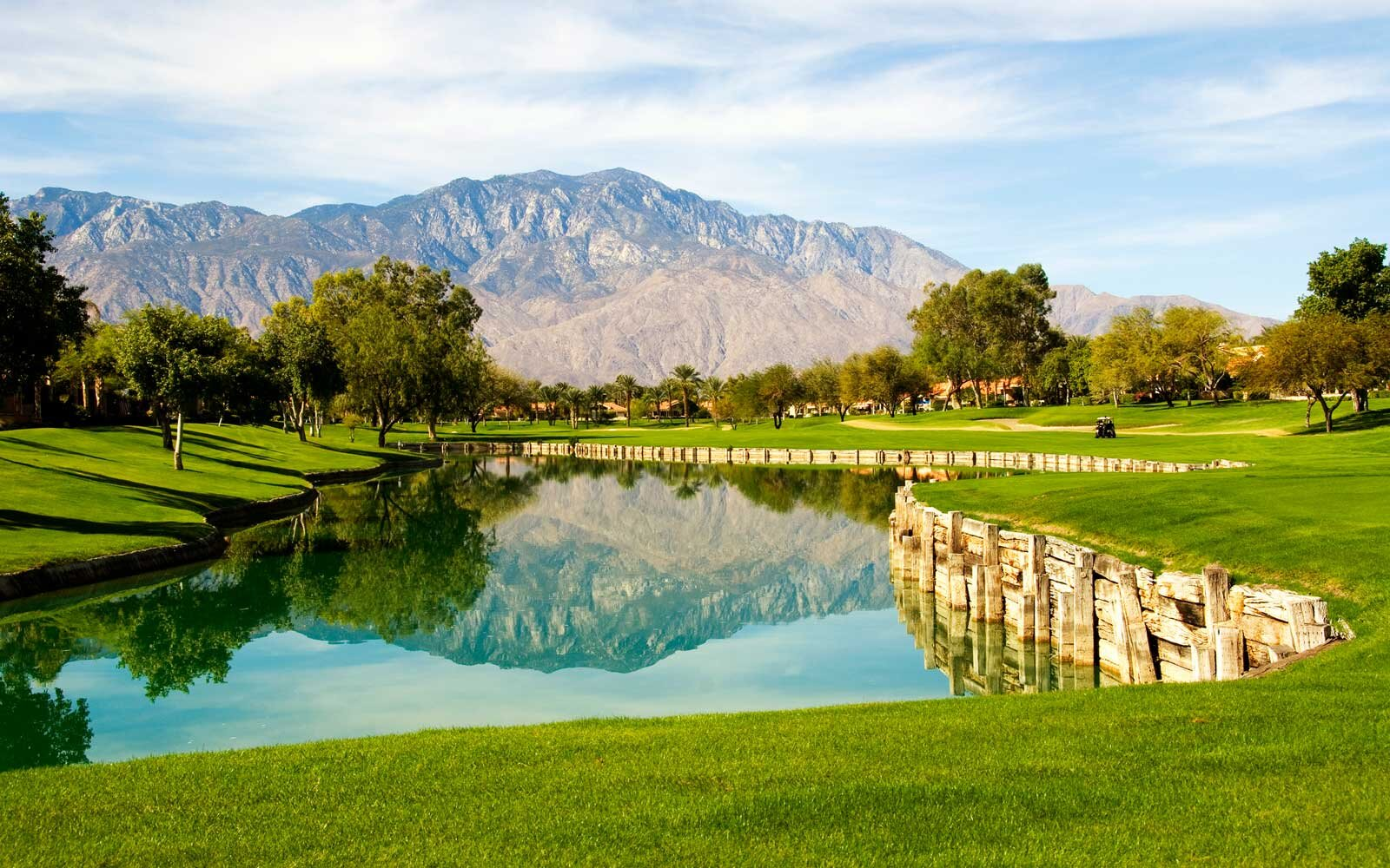 Long Weekend Getaways - Palm Springs, CA
