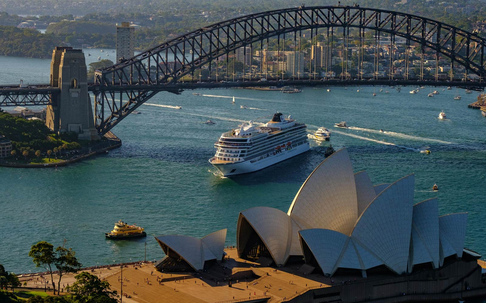 Viking Cruises, Viking Sun in Sydney, Australia