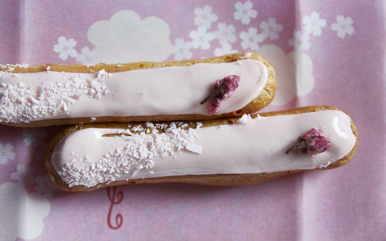 Eclaris from Maison Kayser decorated with cherry blossoms