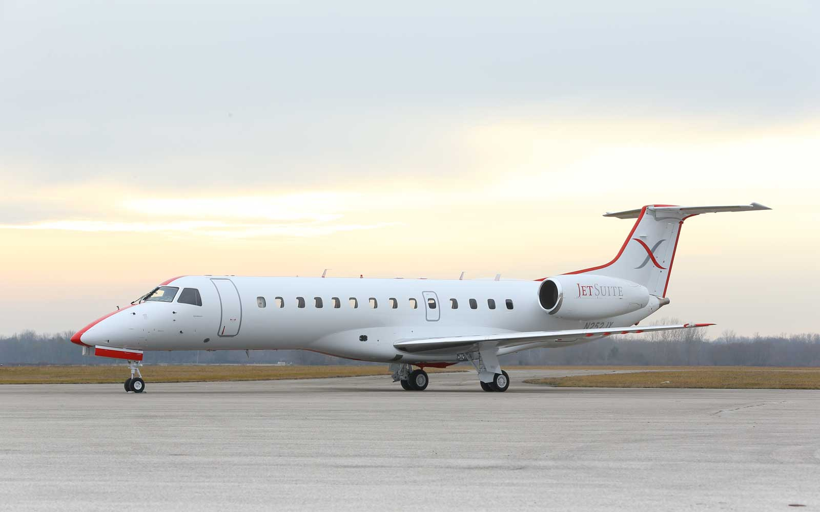 Fly on a private jet on the east coast with JetSuite X