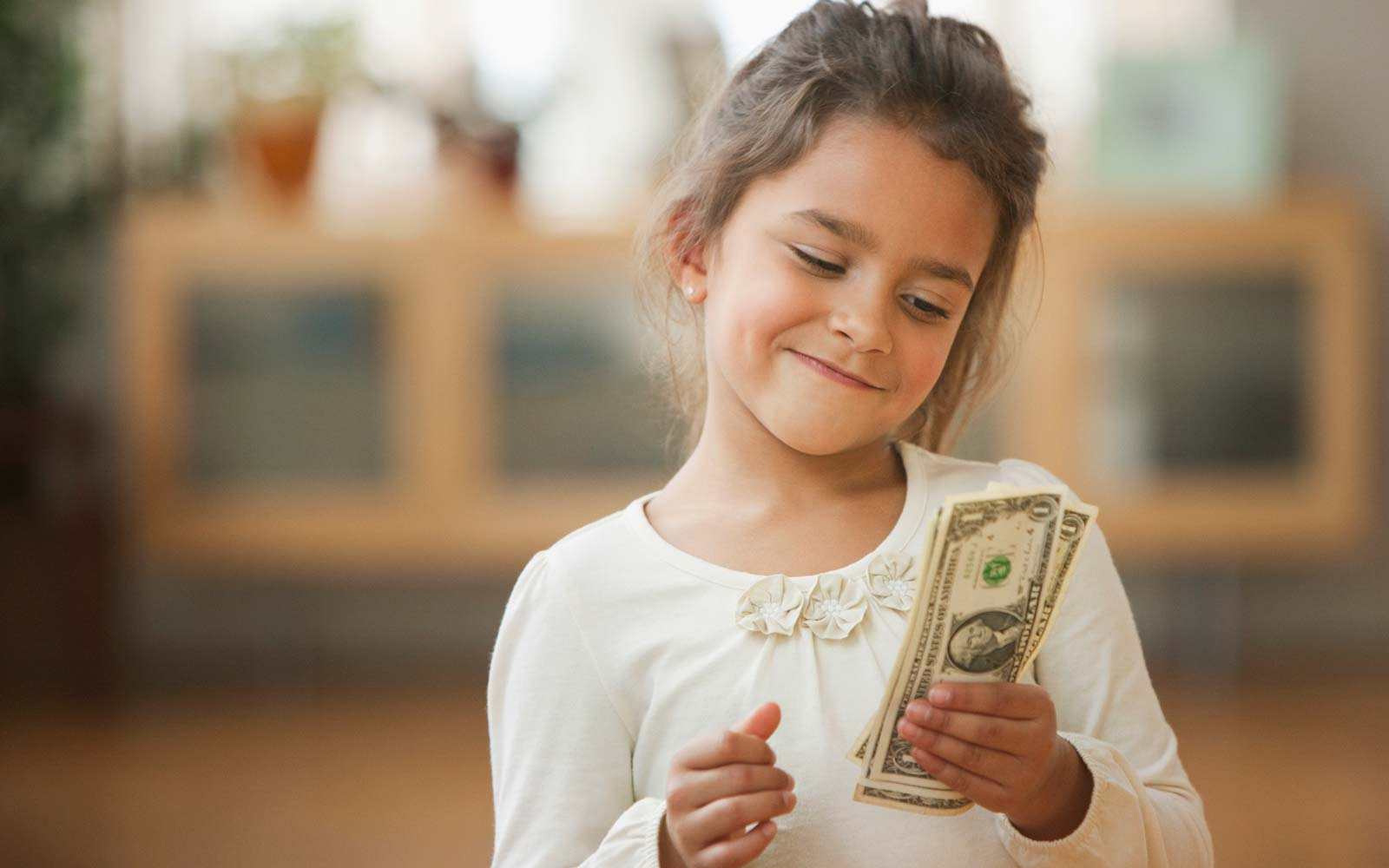 When Should I Give My Kids an Allowance - and How Should They Earn it?