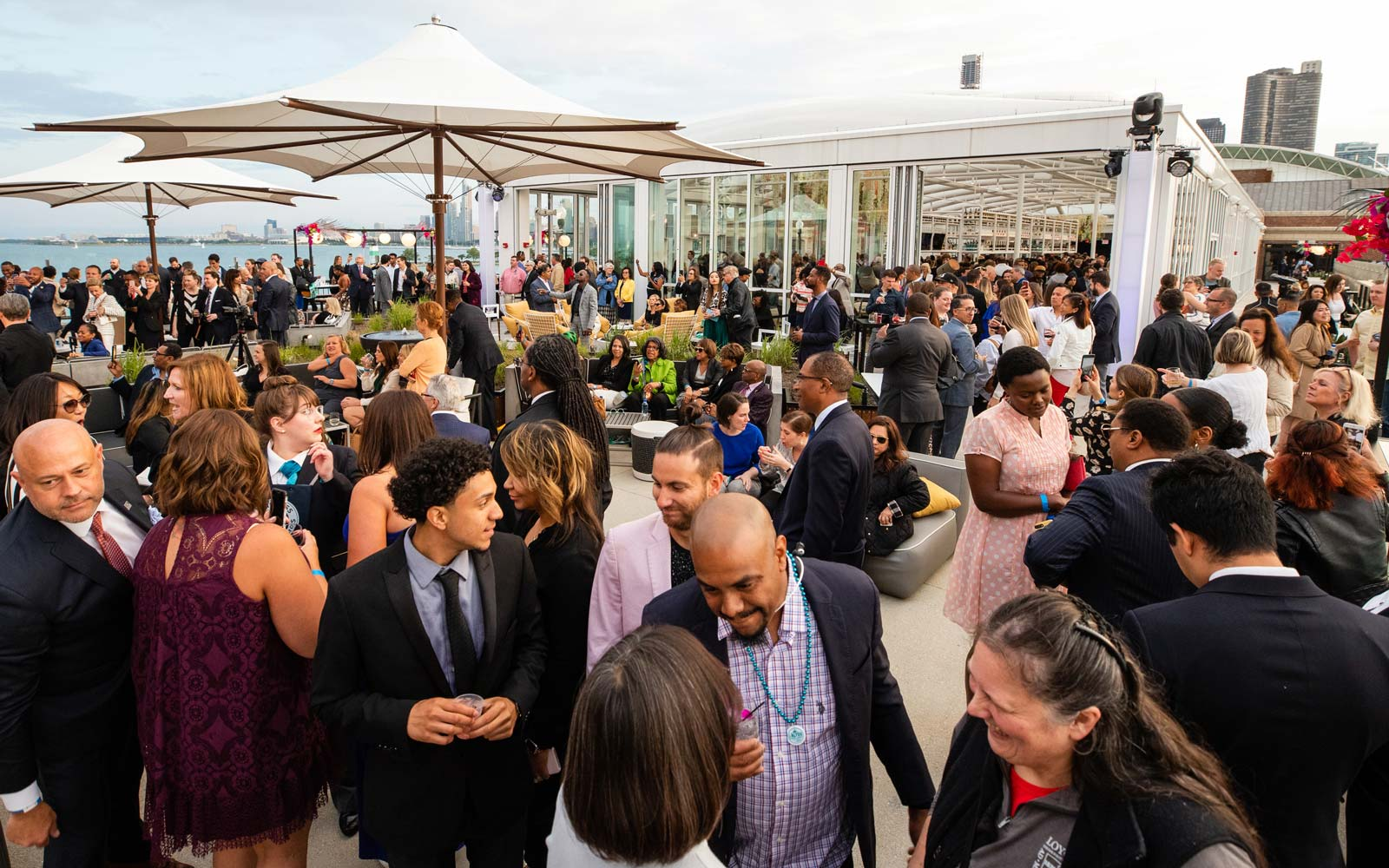 Chicago Is Now Home to the 'World's Largest Rooftop Bar'