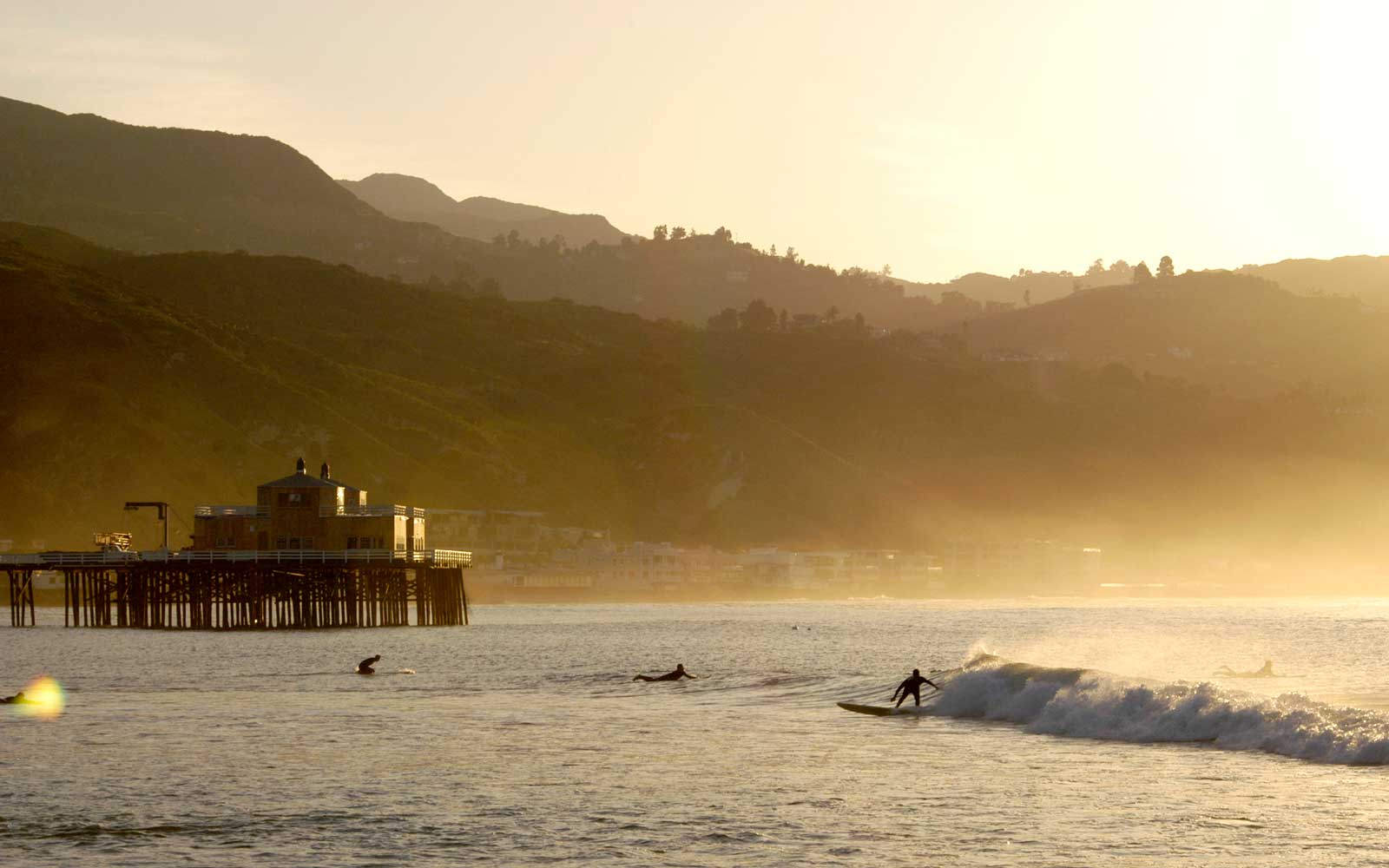 International Surfing Day - Surfing Spots Around the World