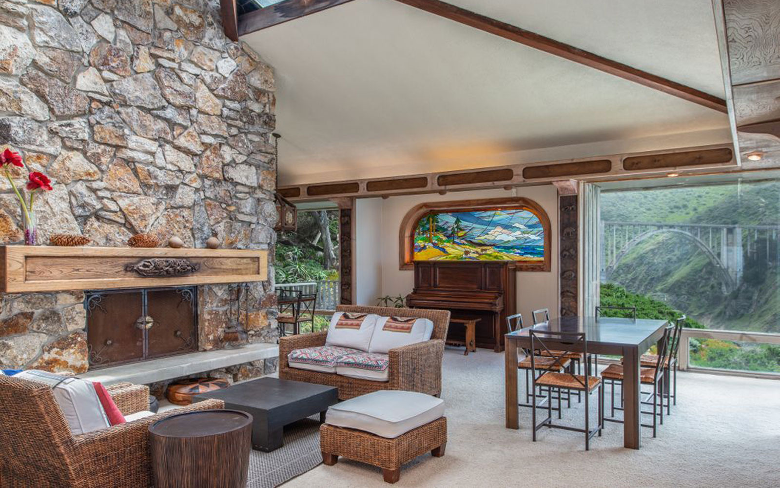 For Sale: A California Dream House With the Most Iconic View of Big Sur
