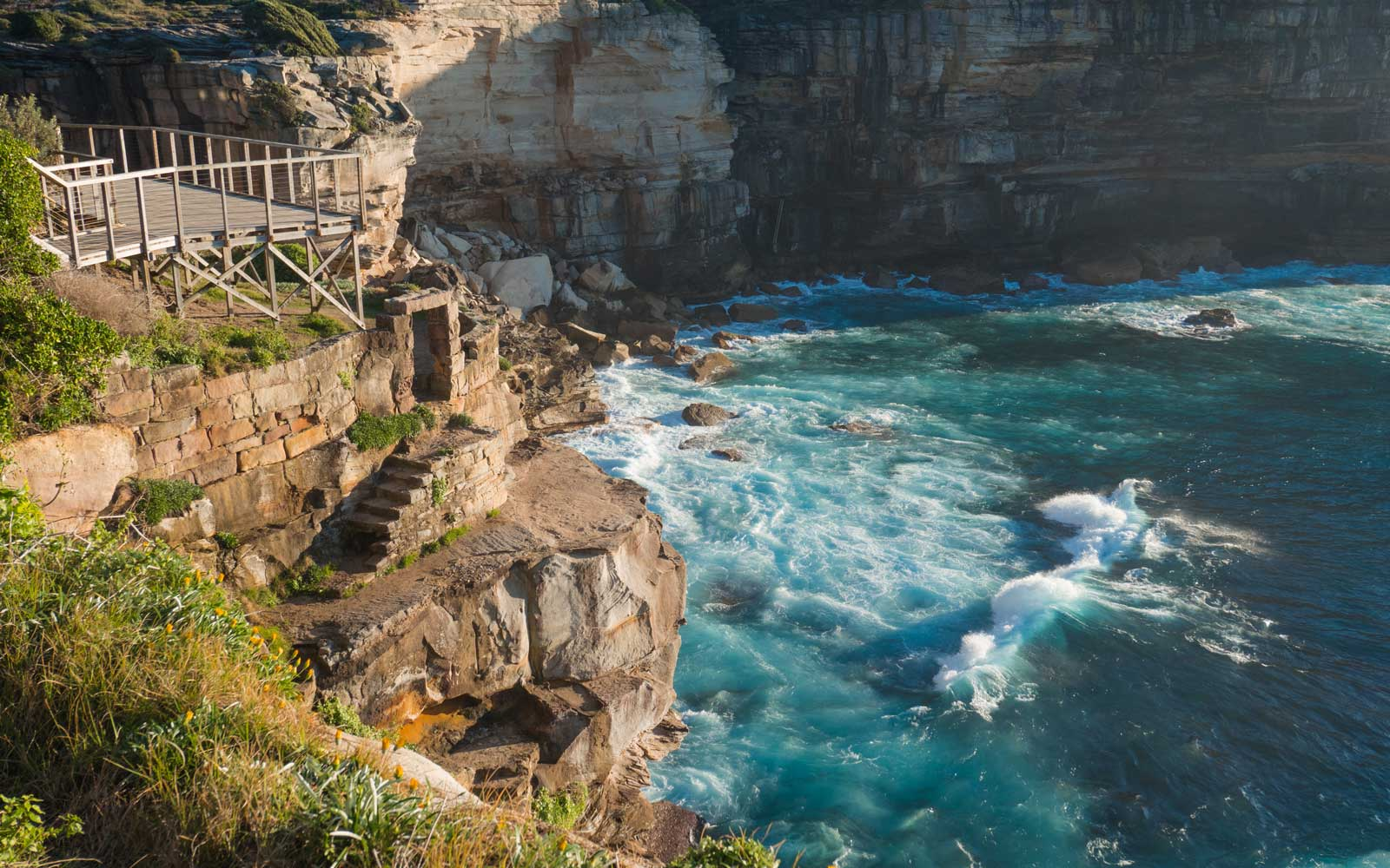 Diamond Bay cliff in Sydney, Australia
