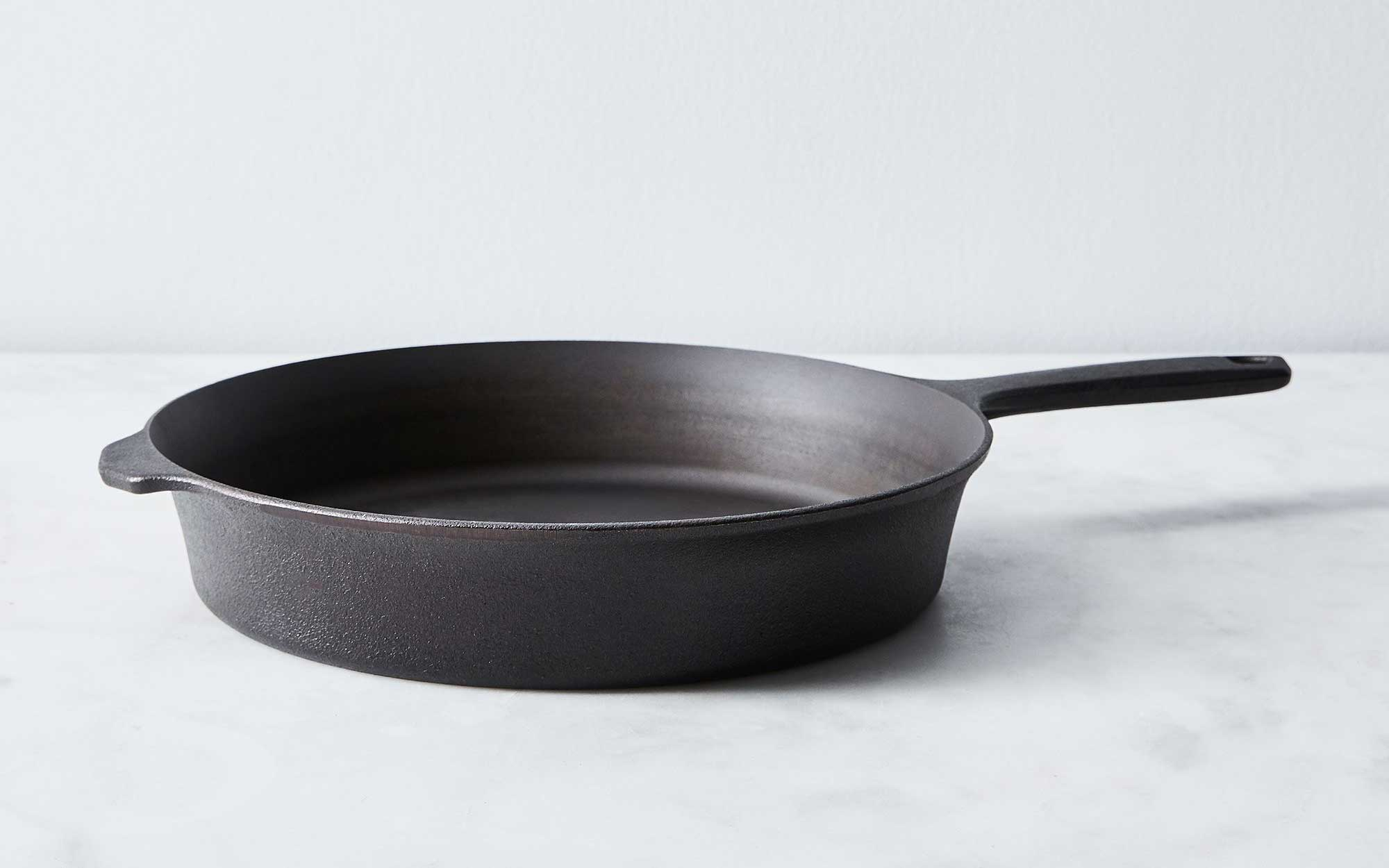 To Get: Field Cast Iron Skillet No. 8