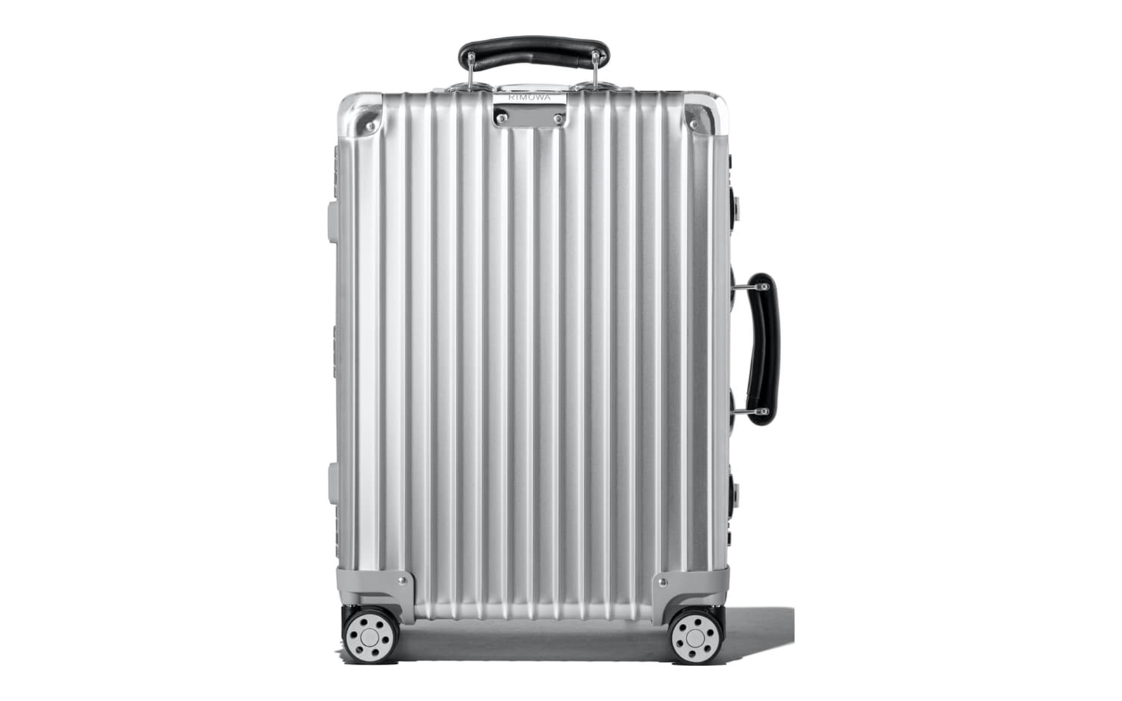 Classic 22-Inch Wheeled Suitcase RIMOWA
