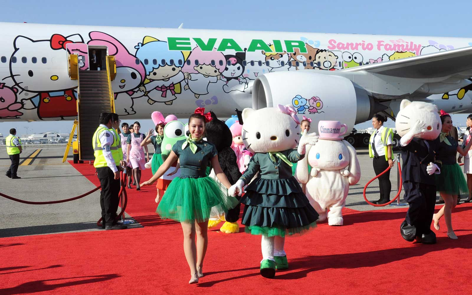 EVA Air plane painted with Hello Kitty characters