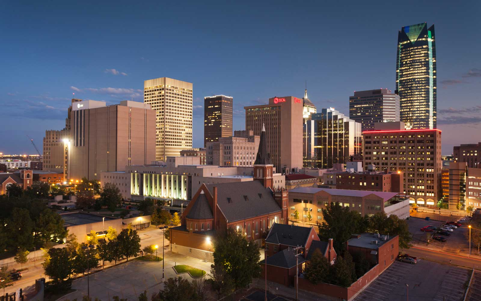 Devon Tower and city skyline at dusk, Oklahoma City, Oklahoma