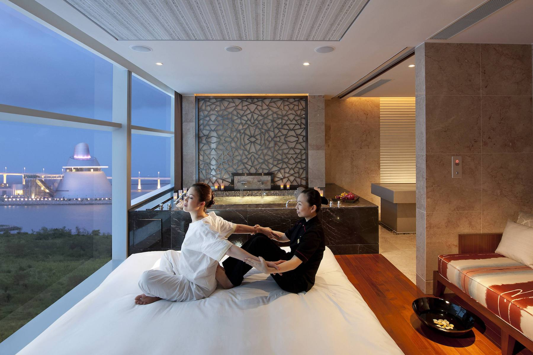 Mandarin Oriental Macau spa treatment wellness day