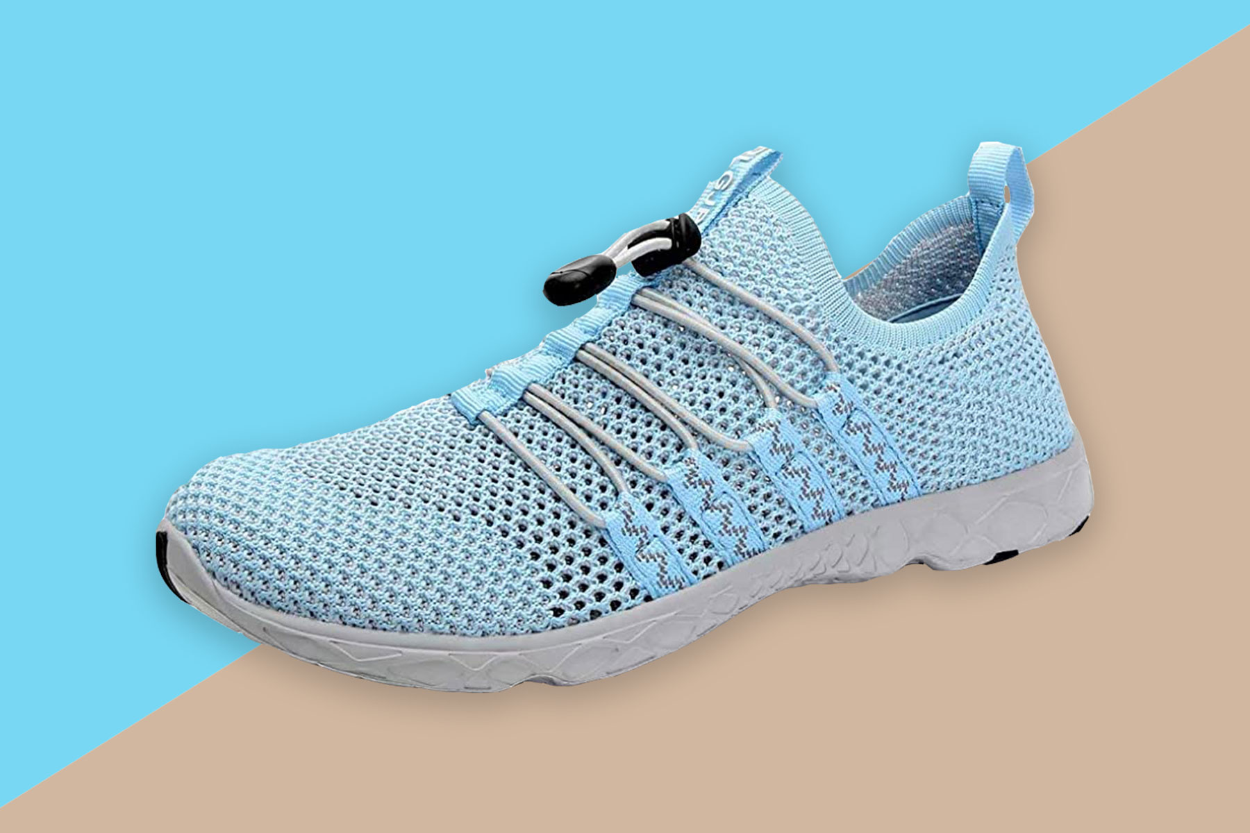 Blue mesh water shoes